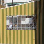 Wetterschutzplane mit Folienfenster